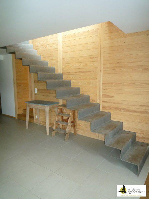Escalier acier brut for Agencement cuisine yverdon