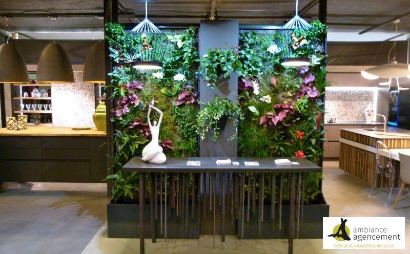 Murs vegetaux et console en beton cire et acier brut for Agencement cuisine yverdon